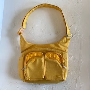 NWOT Lug Yellow Sidekick Excursion Bag with Pouch
